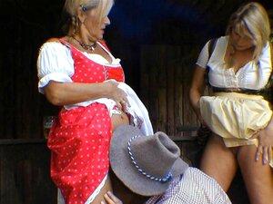 Im dirndl titten www.leohealth.com Mit