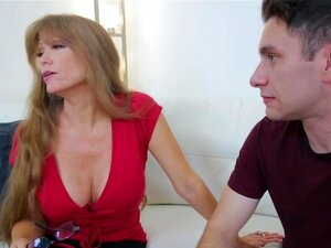 Mom Abuses Son Porn