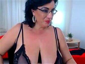 Jones nackt Diana  Denise Zich