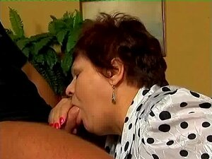Oma porn Oma Handy